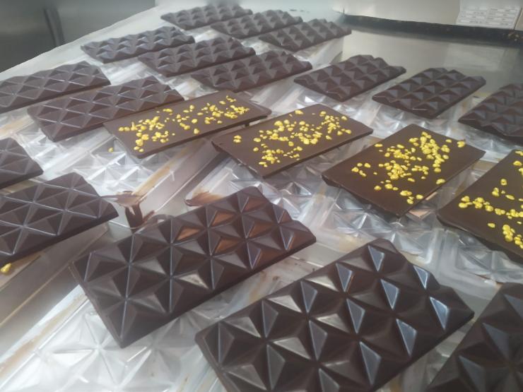 טבלאות שוקולד מריר